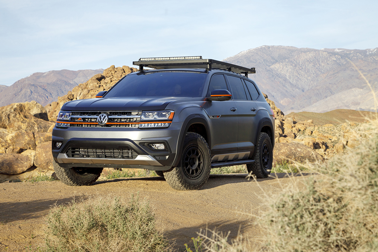 Bilder Volkswagen SUV 2019 Atlas Basecamp Concept Grau automobil Sport Utility Vehicle graue graues auto Autos