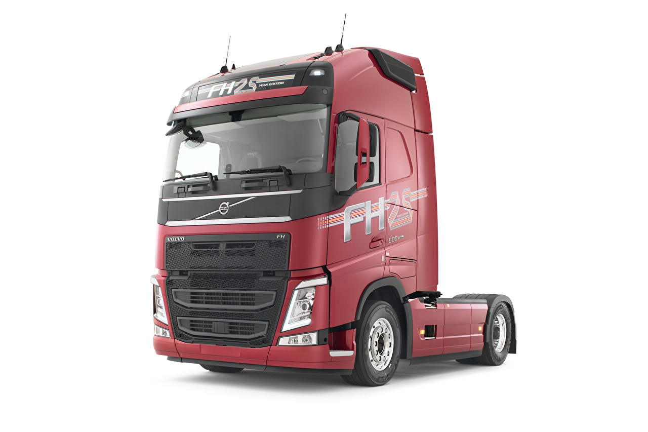 Desktop Wallpapers Volvo Trucks FH 500 Globetrotter XL burgundy automobile White background lorry maroon dark red Wine color auto Cars