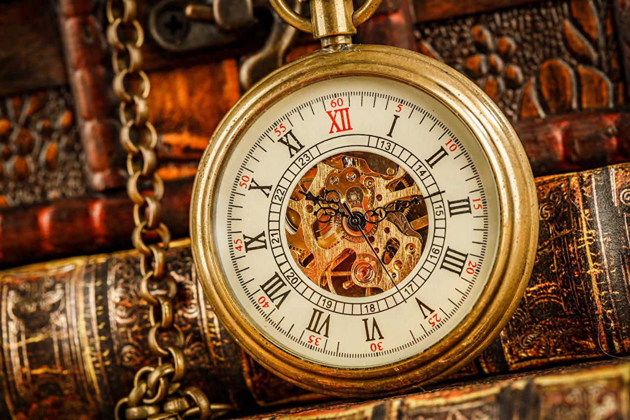 Picture Pocket watch Clock Closeup