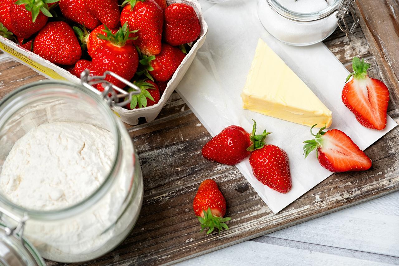 Fotos von Öle Mehl Erdbeeren Lebensmittel das Essen