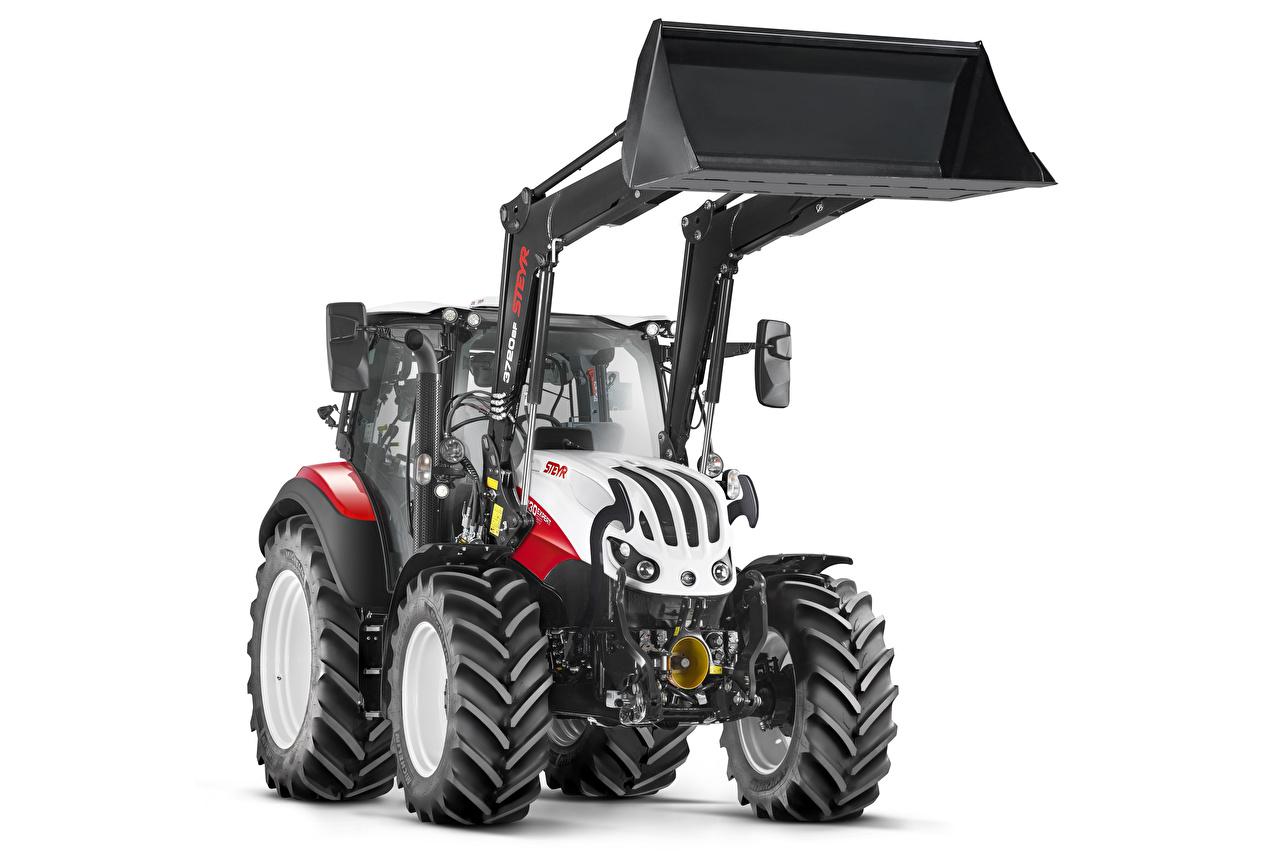 Steyr 4130 Expert CVT, 2019 Pala cargadora Tractor El fondo blanco tractores, pala mecánica