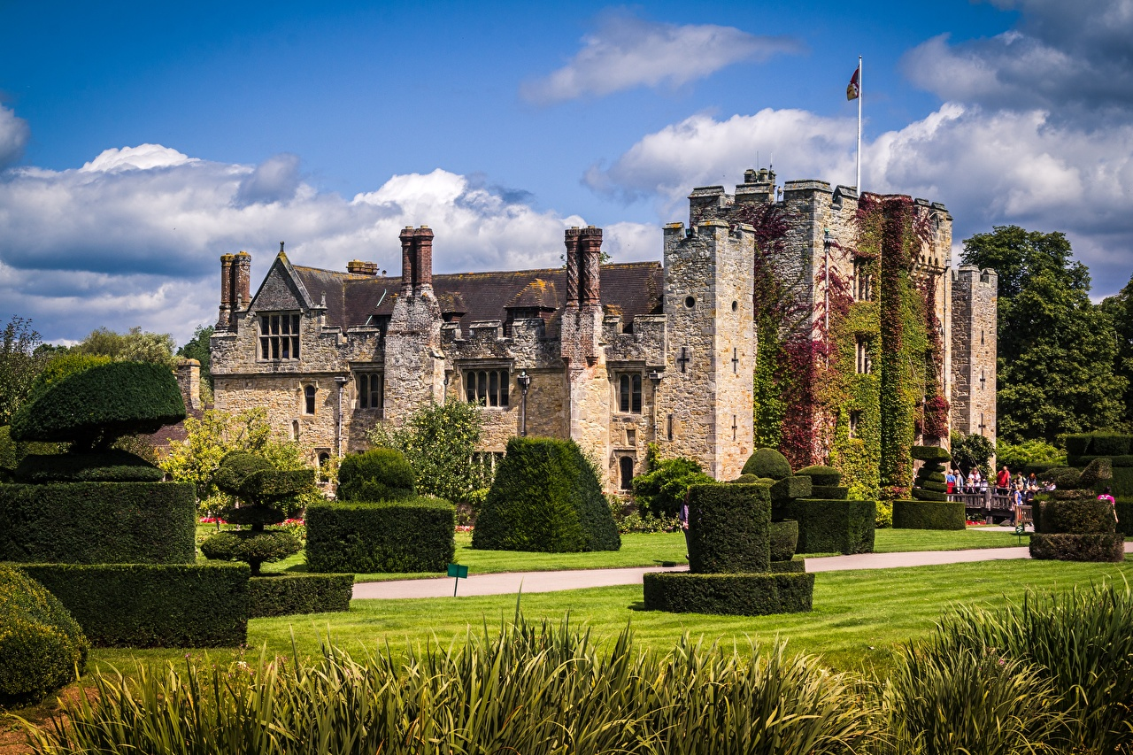 Image England Hever castle Grass Cities Shrubs Design Castles Bush