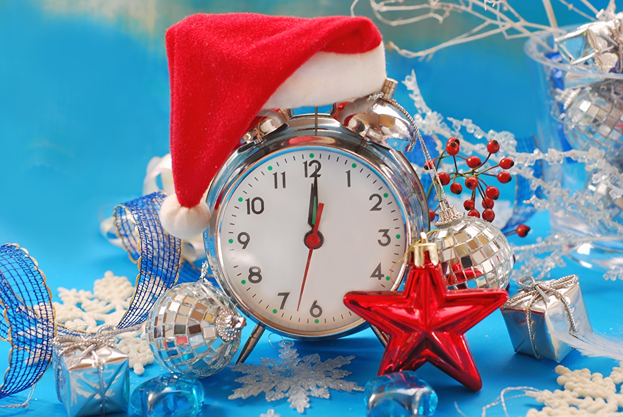 Desktop Wallpapers Christmas Clock Winter hat Alarm clock Balls Holidays New year