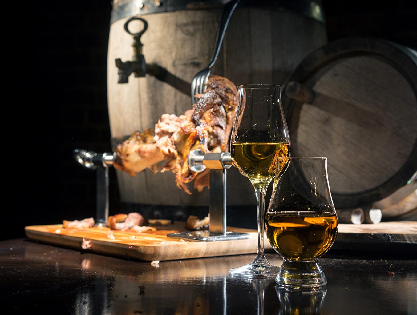 Picture Wine cask Food Stemware Meat products Barrel