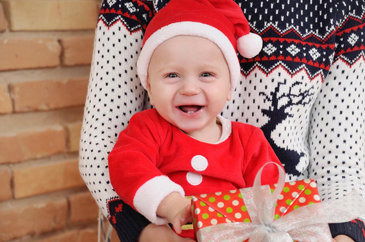 Fotos Säugling Neujahr glückliches Kinder Mütze Baby Freude Glücklich fröhlicher glückliche fröhliches glücklicher kind