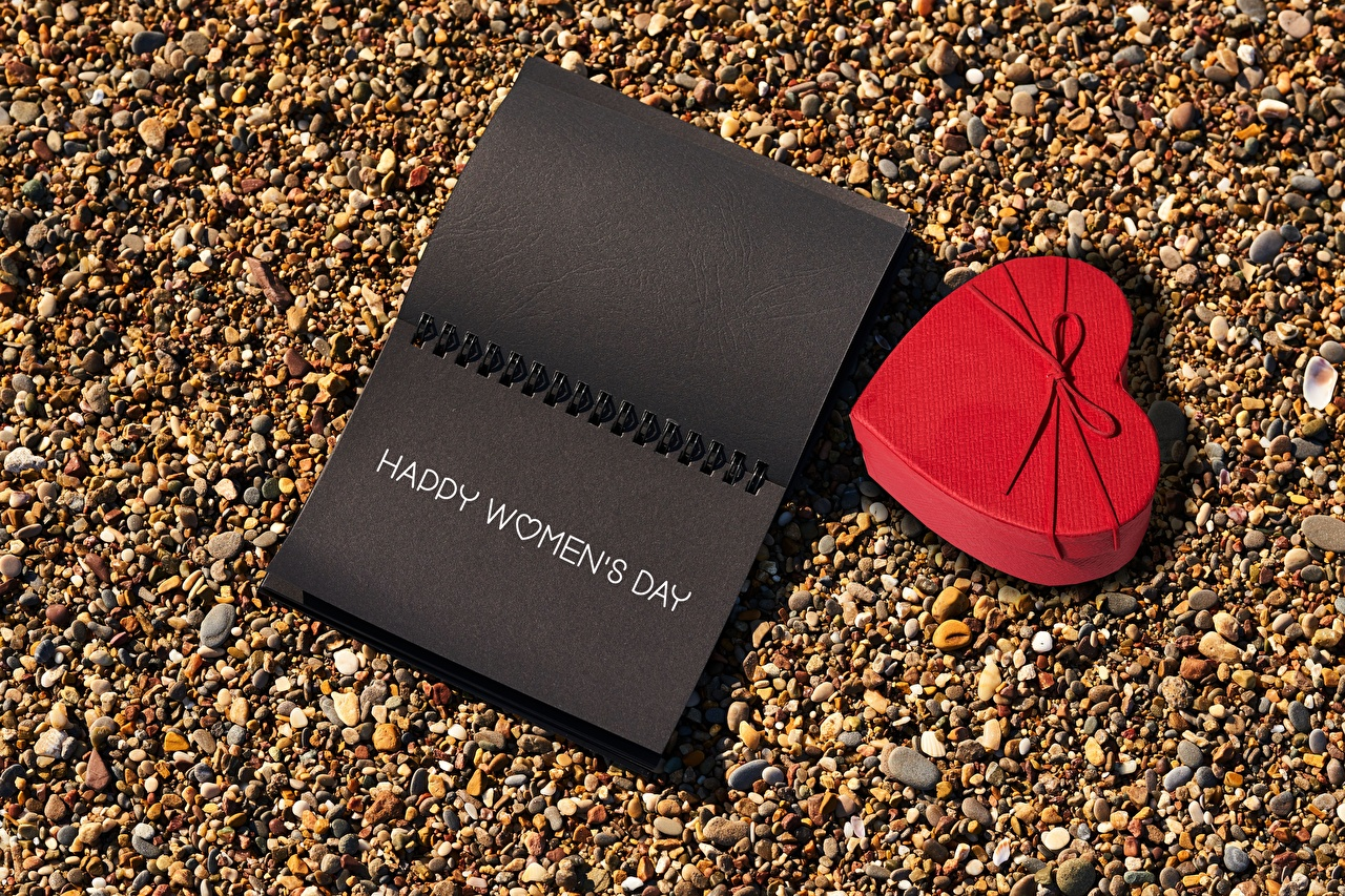 Foto 8 März Herz Notizblock text Geschenke Stein Internationaler Frauentag Wort Steine