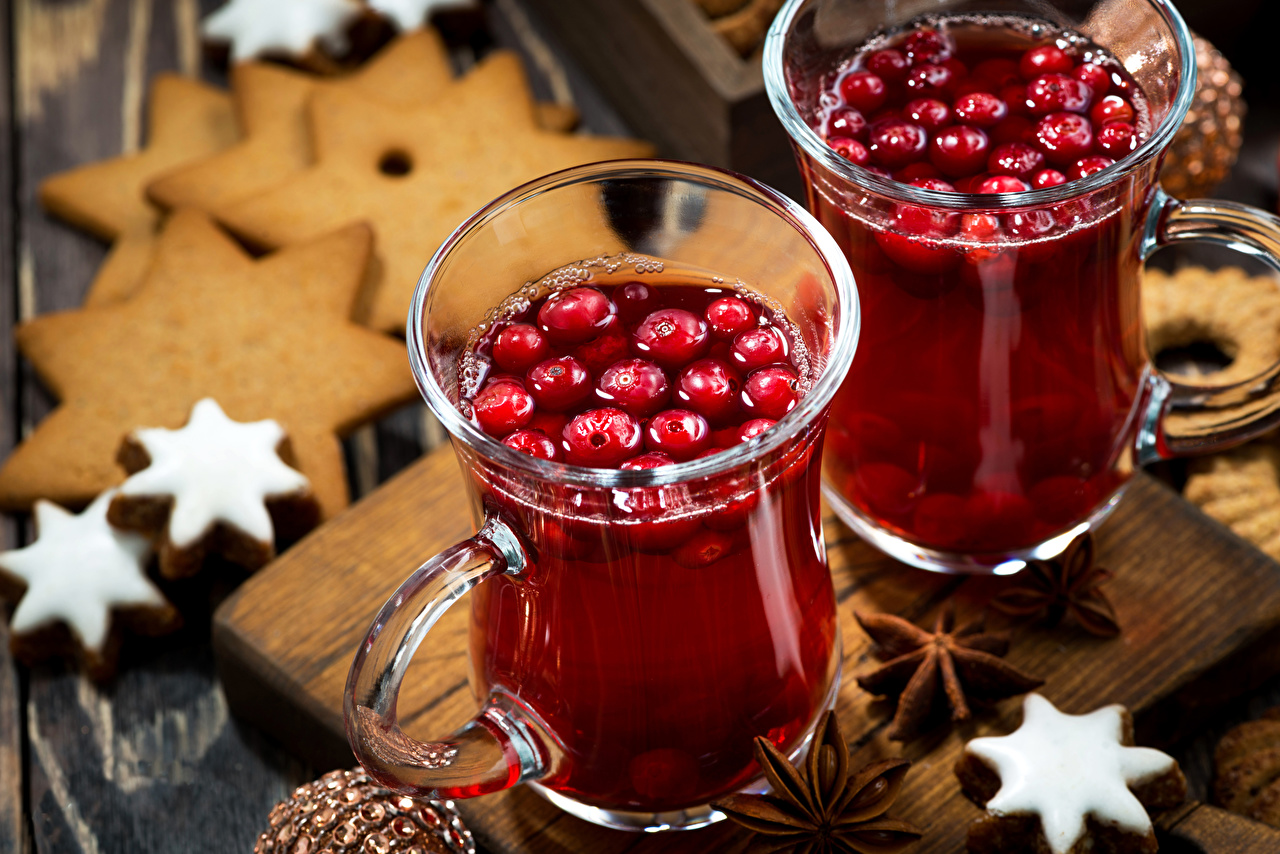 Photos New year 2 Star anise Illicium Mug Food Berry Cookies Drinks Christmas Two drink