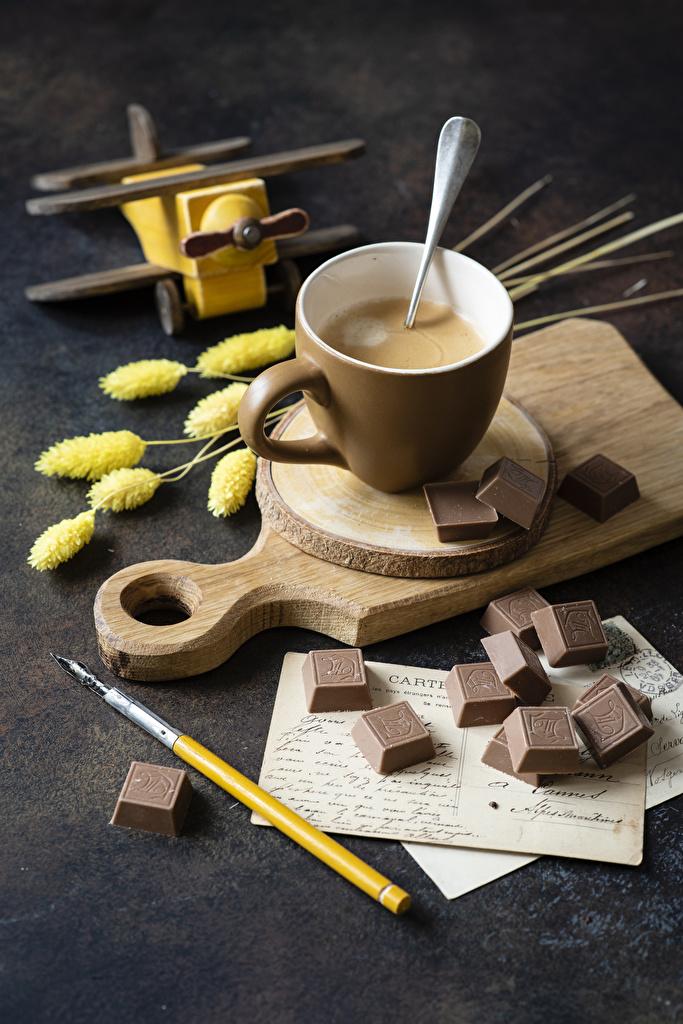 Фотография Горячий шоколад Шоколад Еда Чашка Разделочная доска  для мобильного телефона Пища чашке Продукты питания разделочной доске