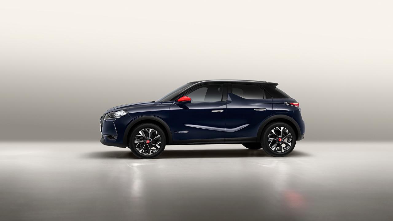 Fotos Französischer Crossover DS 3 Crossback, 2020 Blau Autos Seitlich Metallisch französische französisches Softroader auto automobil
