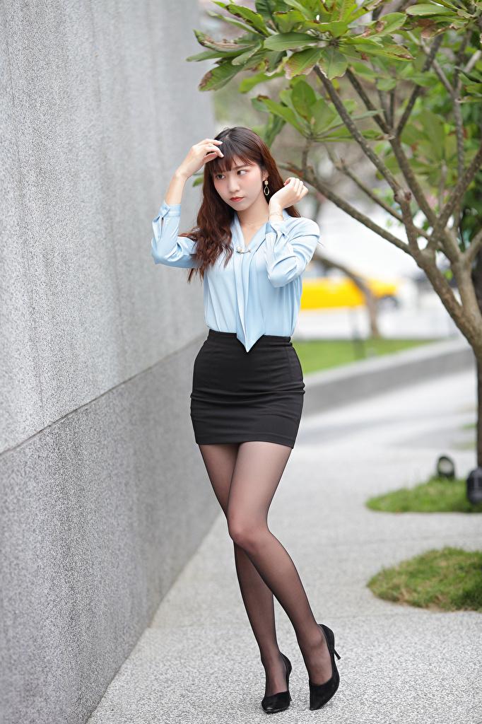 Bilder von Rock Bluse Mädchens Bein Asiatische  für Handy junge frau junge Frauen Asiaten asiatisches