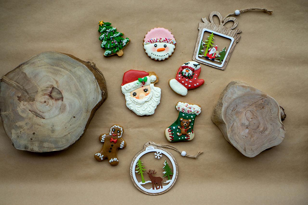 Desktop Hintergrundbilder Hirsche Neujahr Fausthandschuhe Socken Weihnachtsmann Weihnachtsbaum Kekse Lebensmittel Design Tannenbaum Christbaum das Essen