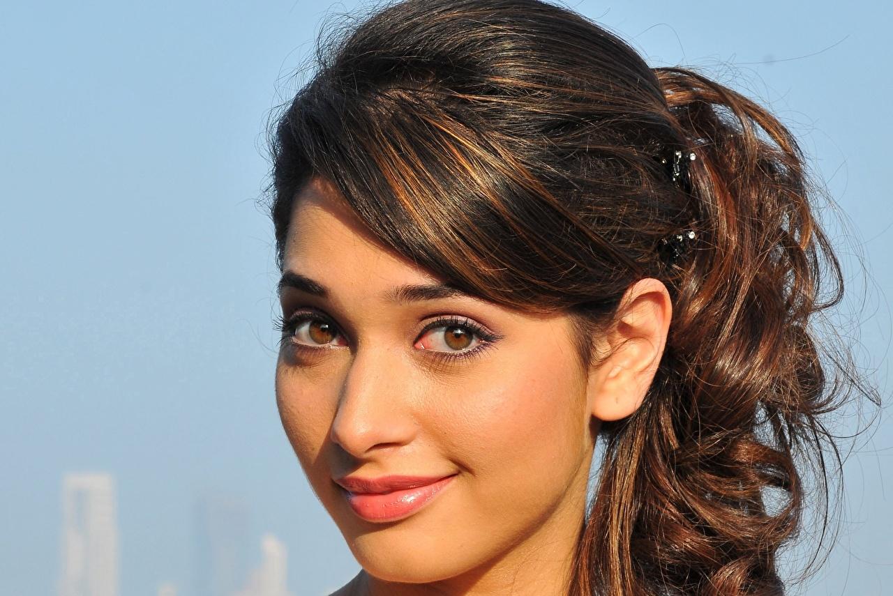 photos celebrities indian eyes brunette girl smile tamanna