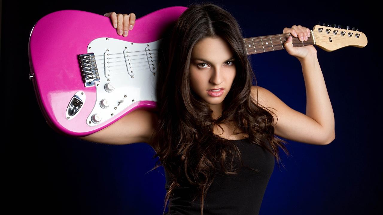 Pictures Brunette girl Guitar Girls Music Staring Glance