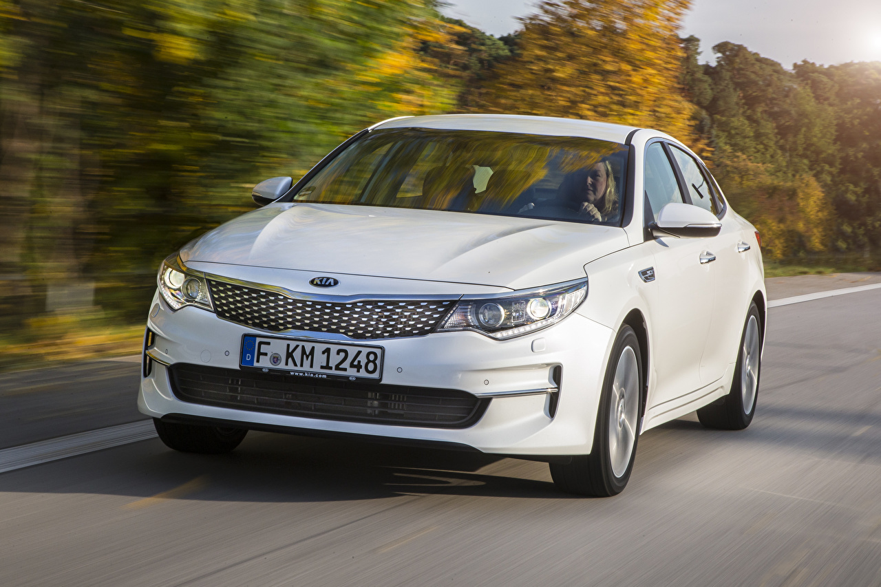 Images KIA Optima 2015 Sedan White at speed Cars Front moving riding Motion driving auto automobile