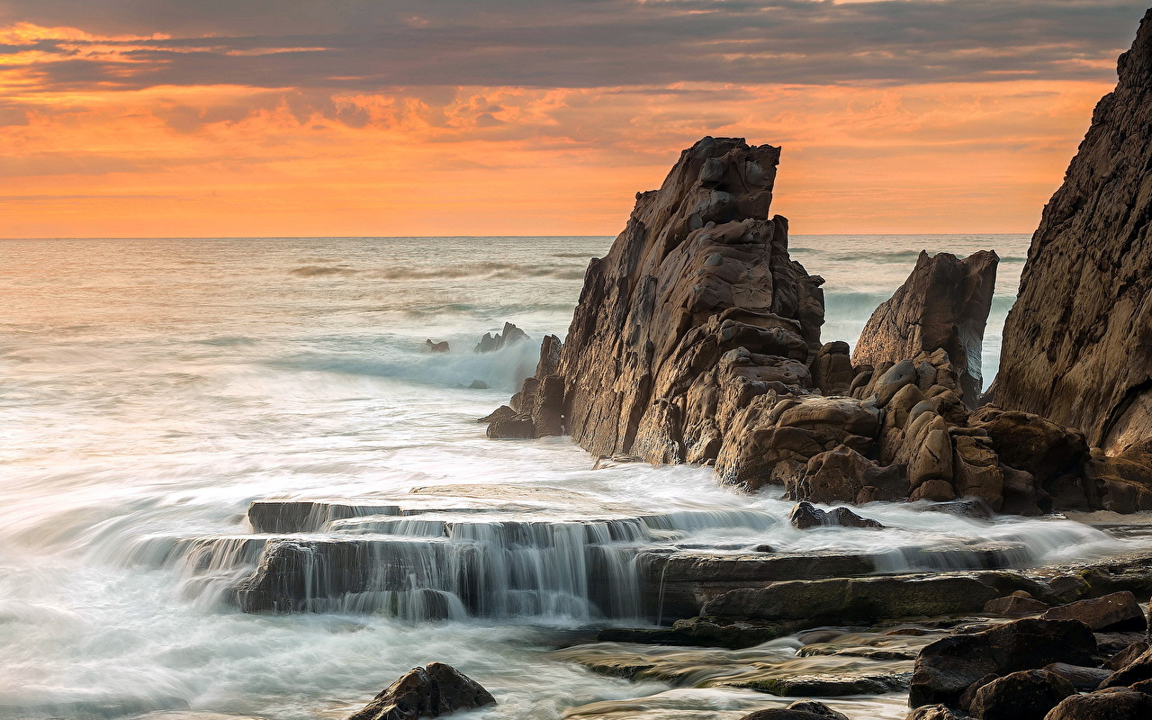 Обои для рабочего стола Море скале Природа Горизонт Утес Скала скалы горизонта