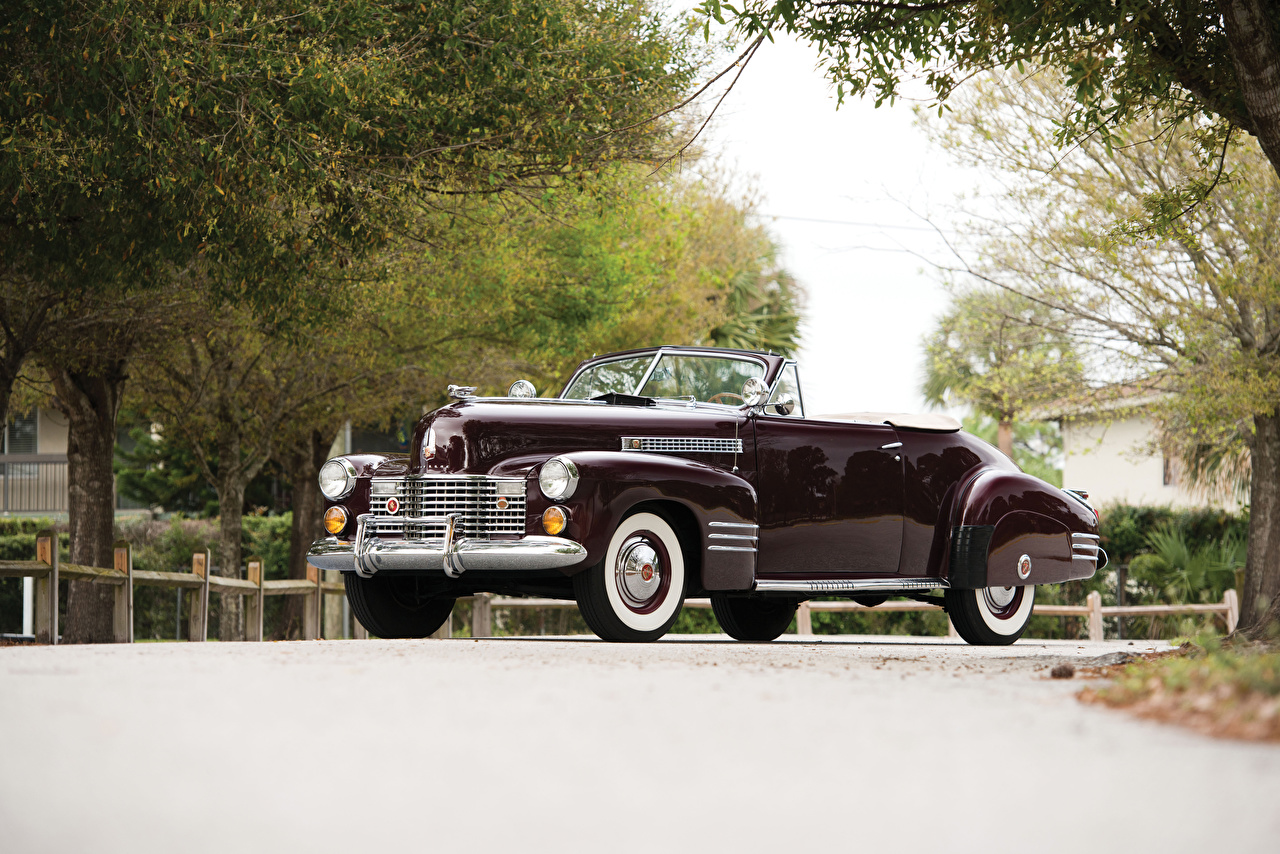 Wallpaper Cadillac Sixty-Two Convertible Coupe Deluxe, 1941 Retro Wine color Cars Metallic maroon vintage antique burgundy dark red auto automobile
