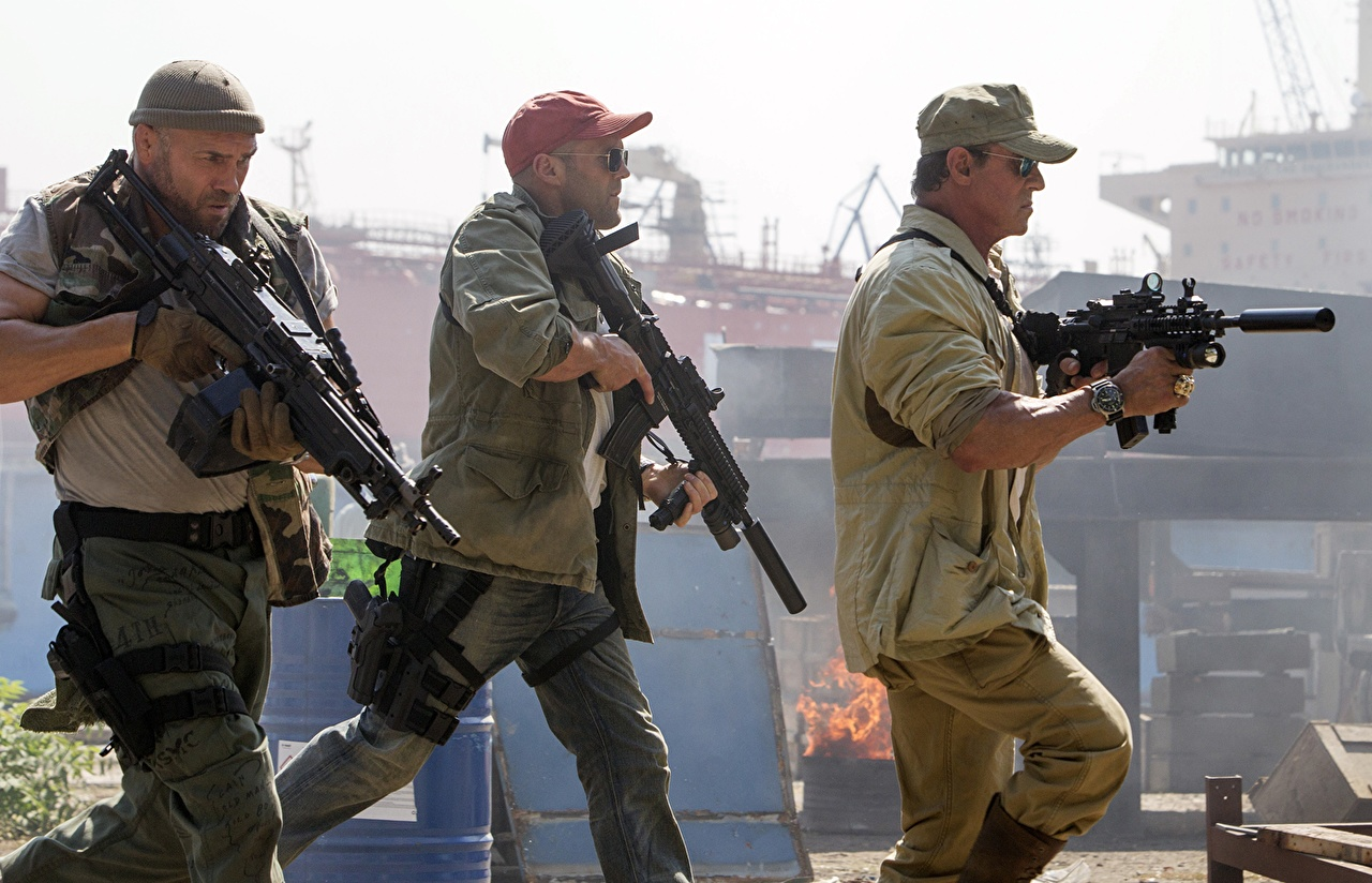 Image The Expendables 2010 Jason Statham Sylvester Stallone Man Assault rifle 3 Randy Couture Movies Three 3 Celebrities Baseball cap Men film