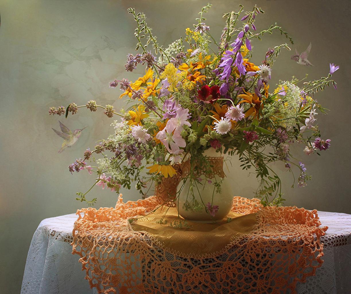 Image Tablecloth Bouquets Flowers Gazania Vase Bells Table Centaurea bouquet flower Handbell Cornflowers
