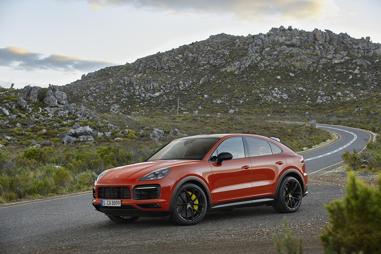 Fotos von Porsche Softroader Cayenne Coupe Rot Autos Metallisch Crossover