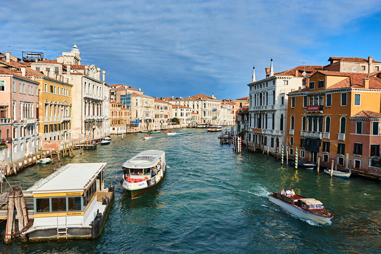 Photo Venice Italy Canal Riverboat Cities Building Houses