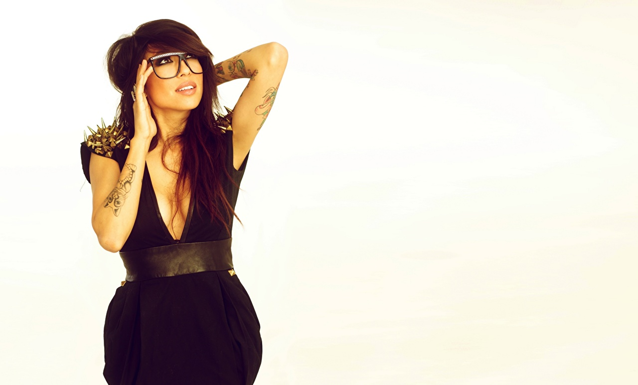 Photo Tattoos Brown haired Modelling Alie layus Pose Girls Hands Glasses Staring Celebrities Dress Model posing female young woman eyeglasses Glance gown frock