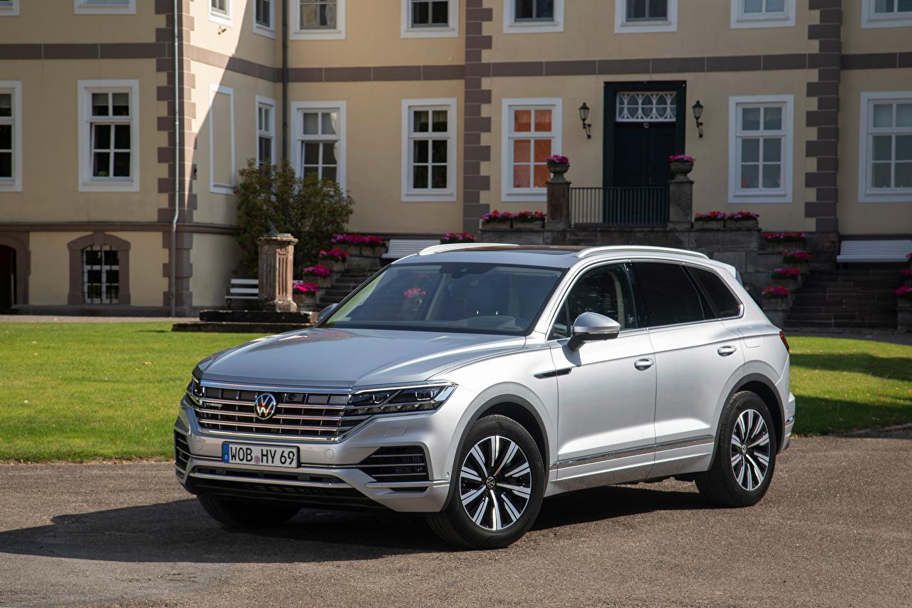 Volkswagen Touareg eHybrid, 2020 Prata cor Metálico carro, automóvel, automóveis Carros