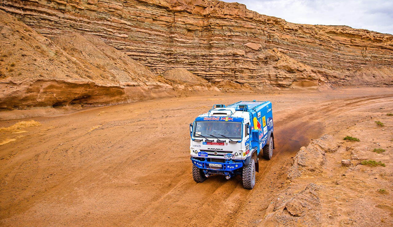 Pictures KAMAZ Trucks Rallying 307 Silk Way Cars lorry auto automobile