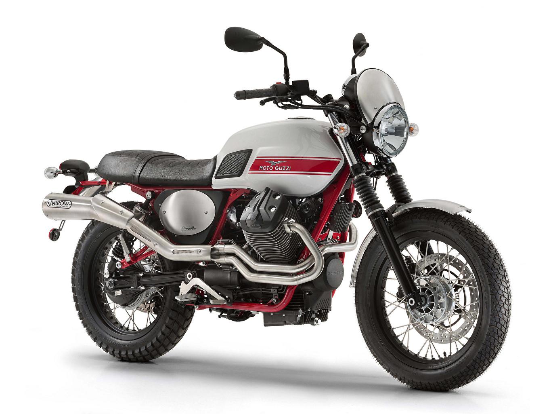 Tapety na pulpit Tuning 2015-21 Moto Guzzi V7 II Stornello Motocykle Widok z boku Białe tło motocykl na białym tle