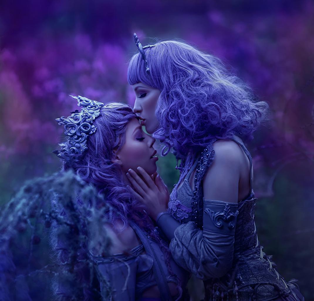 Фотография Agnieszka Lorek sisters of night Ophelia Overdose Lavender Love Двое Волосы девушка фиолетовая Украшения 2 два две волос вдвоем Девушки Фиолетовый фиолетовые фиолетовых молодая женщина молодые женщины