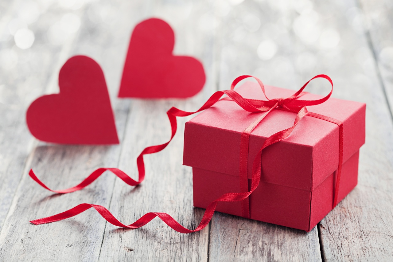 Pictures Valentine's Day Heart Red Box present Ribbon Gifts
