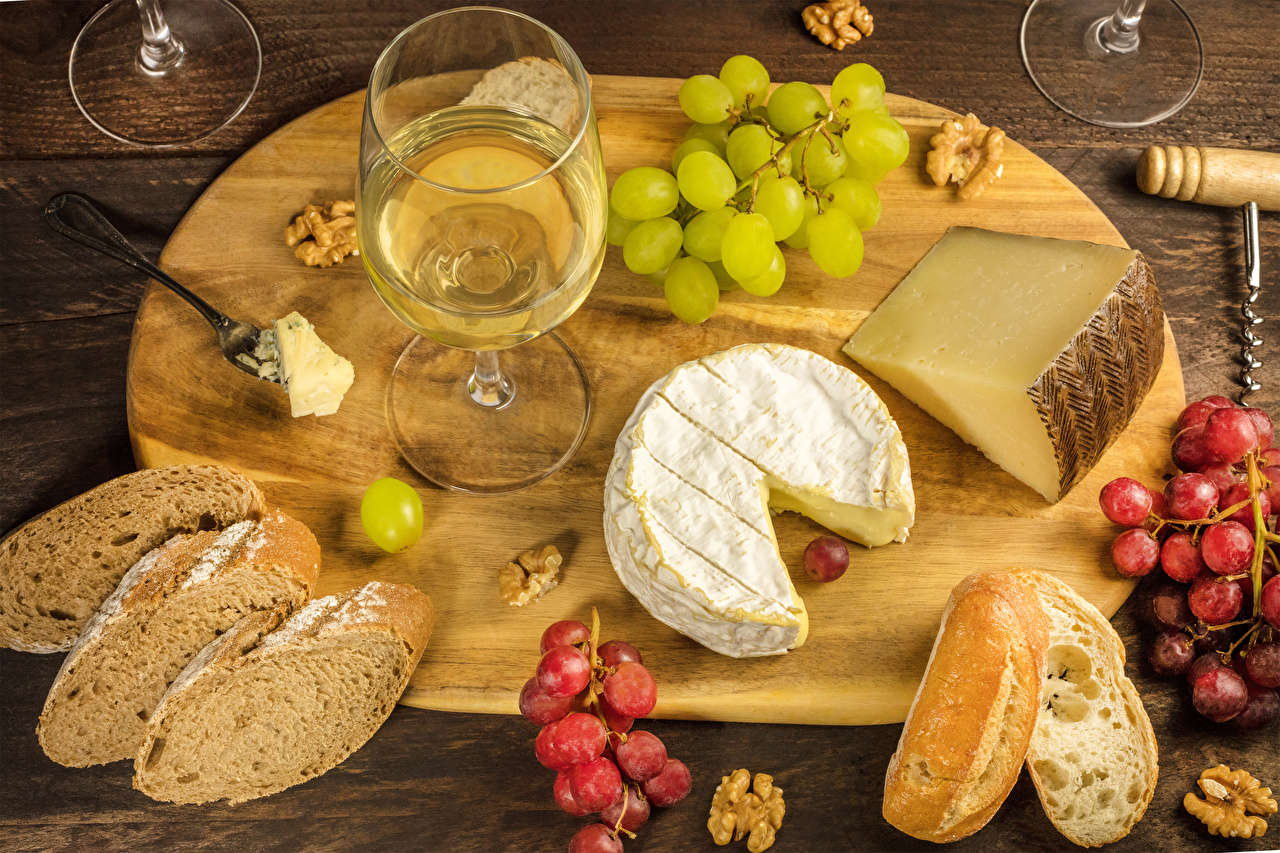 Photos Wine Bread Grapes Cheese Food Stemware Cutting board Nuts