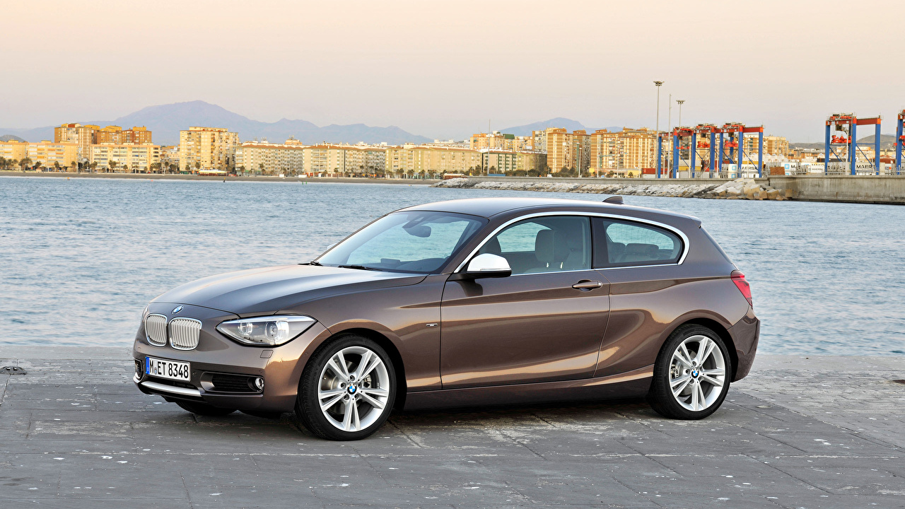 Photos BMW 1-series 3dr Side automobile Cars auto
