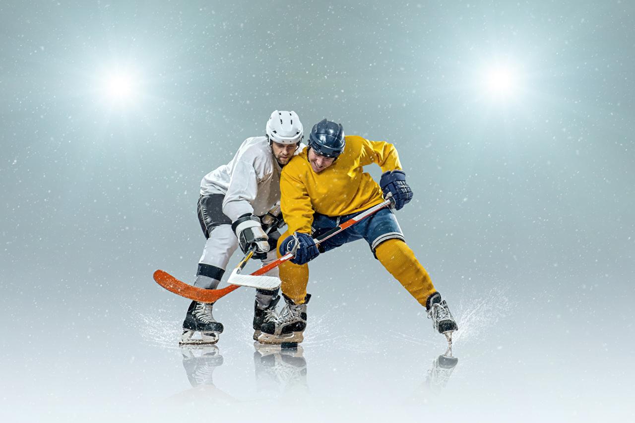 Fotos von Schlittschuh Helm Mann Zwei Sport Hockey Uniform 2