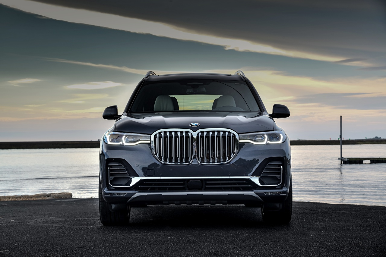 Desktop Wallpapers BMW Crossover X7, G07 Cars Front Metallic CUV auto automobile