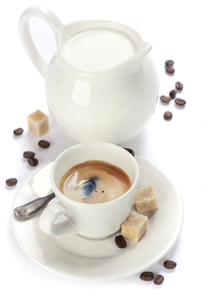Fotos Milch Zucker Kaffee Kanne Getreide Tasse Lebensmittel Weißer hintergrund