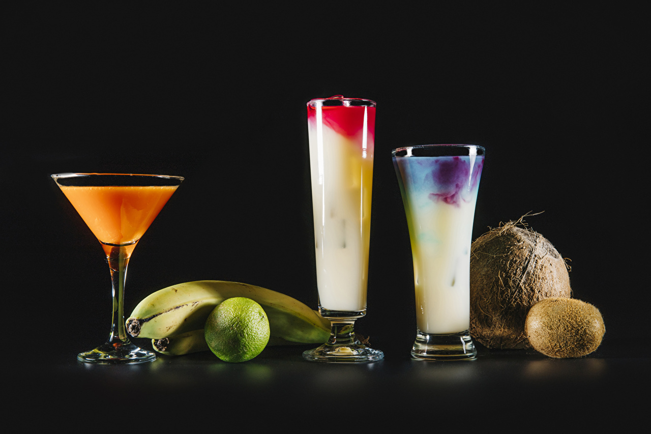 Desktop Wallpapers Lime Bananas Coconuts Kiwifruit Highball glass Food Cocktail Black background Kiwi Chinese gooseberry Mixed drink