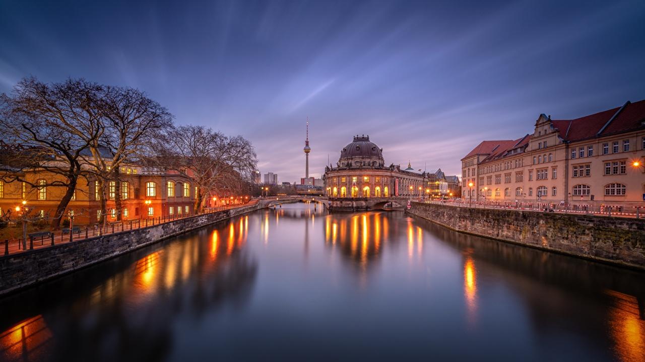 Tarde Rios Alemanha Berlim Casa Bode Museum Canal rio, Edifício Cidades