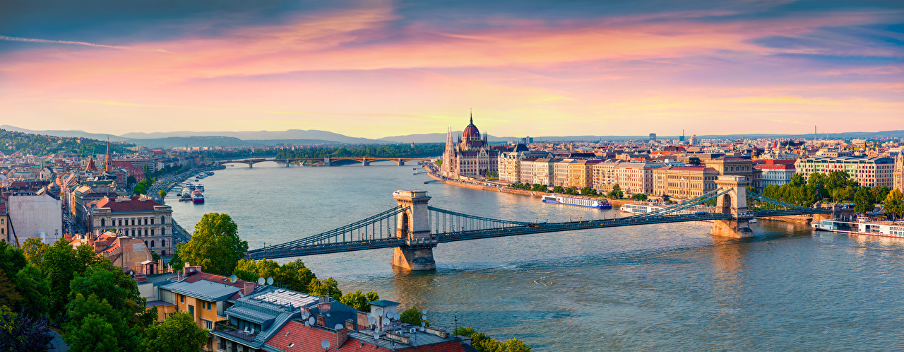 Pictures Budapest Hungary Panorama Danube, Chain bridge Bridges Riverboat Sunrises and sunsets Rivers Horizon From above Cities panoramic sunrise and sunset river
