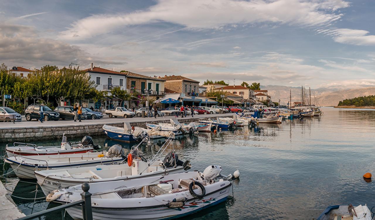 Photo Greece Galaxidi Riverboat Berth Rivers Cities Building Pier river Marinas Houses