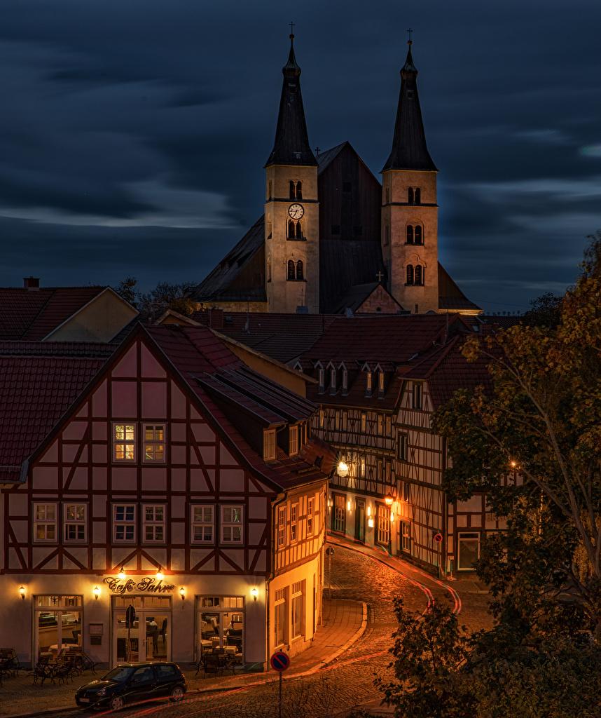Fotos Deutschland Nordhausen Thuringia Straße Nacht Straßenlaterne Haus Städte Stadtstraße Gebäude