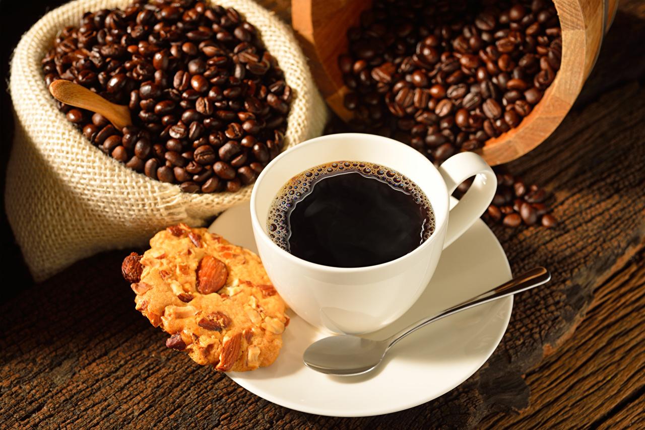 Fotos von Kaffee Getreide Kekse Tasse Löffel Lebensmittel