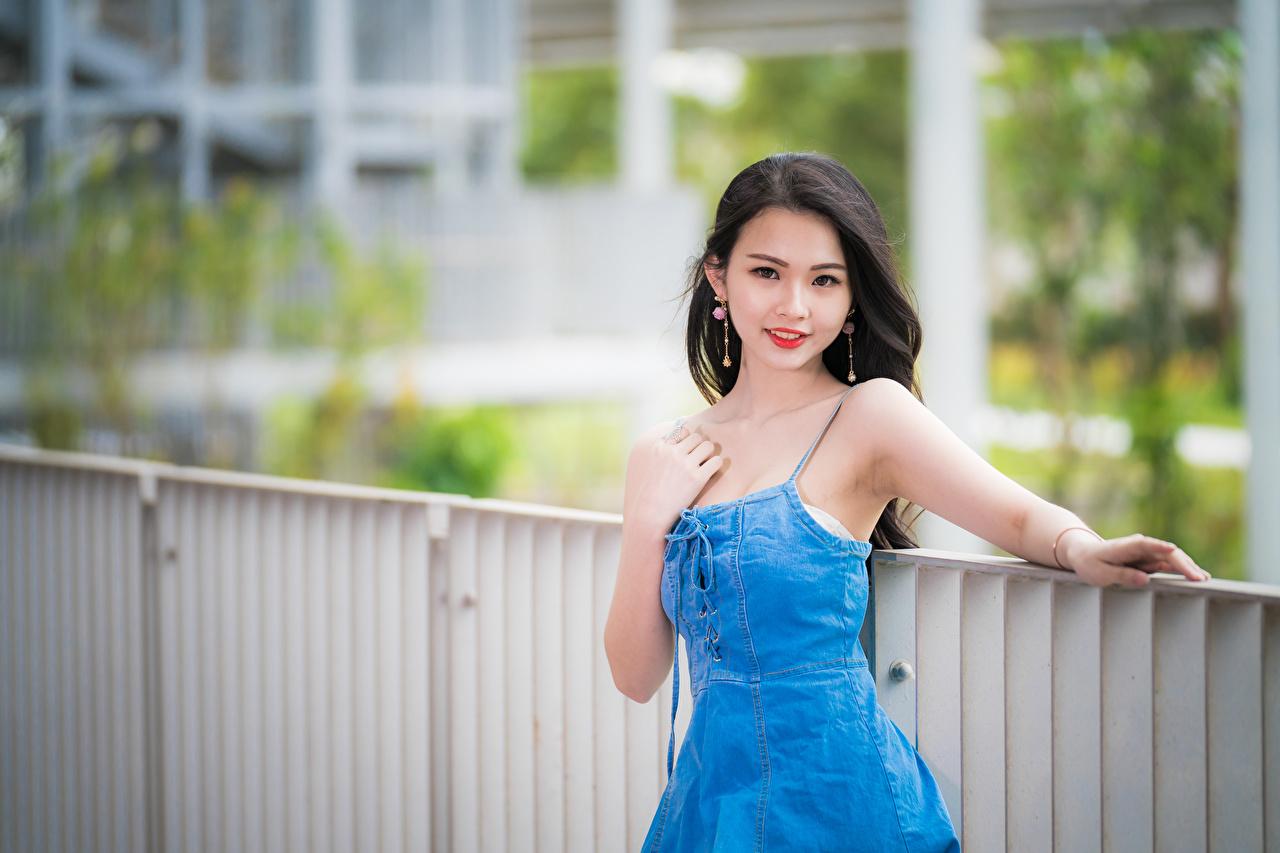 Bilder Brunette Bokeh Schone Junge Frauen Asiatische Hand Blick