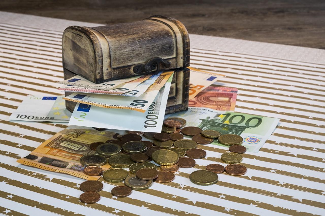 Fotos Euro Münze Papiergeld Schatztruhe Geld Banknoten Geldscheine