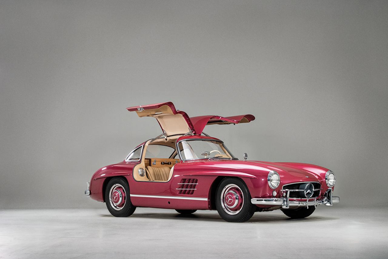 Mercedes-Benz_Retro_1956_300_SL_Pink_color_563595_1280x853.jpg