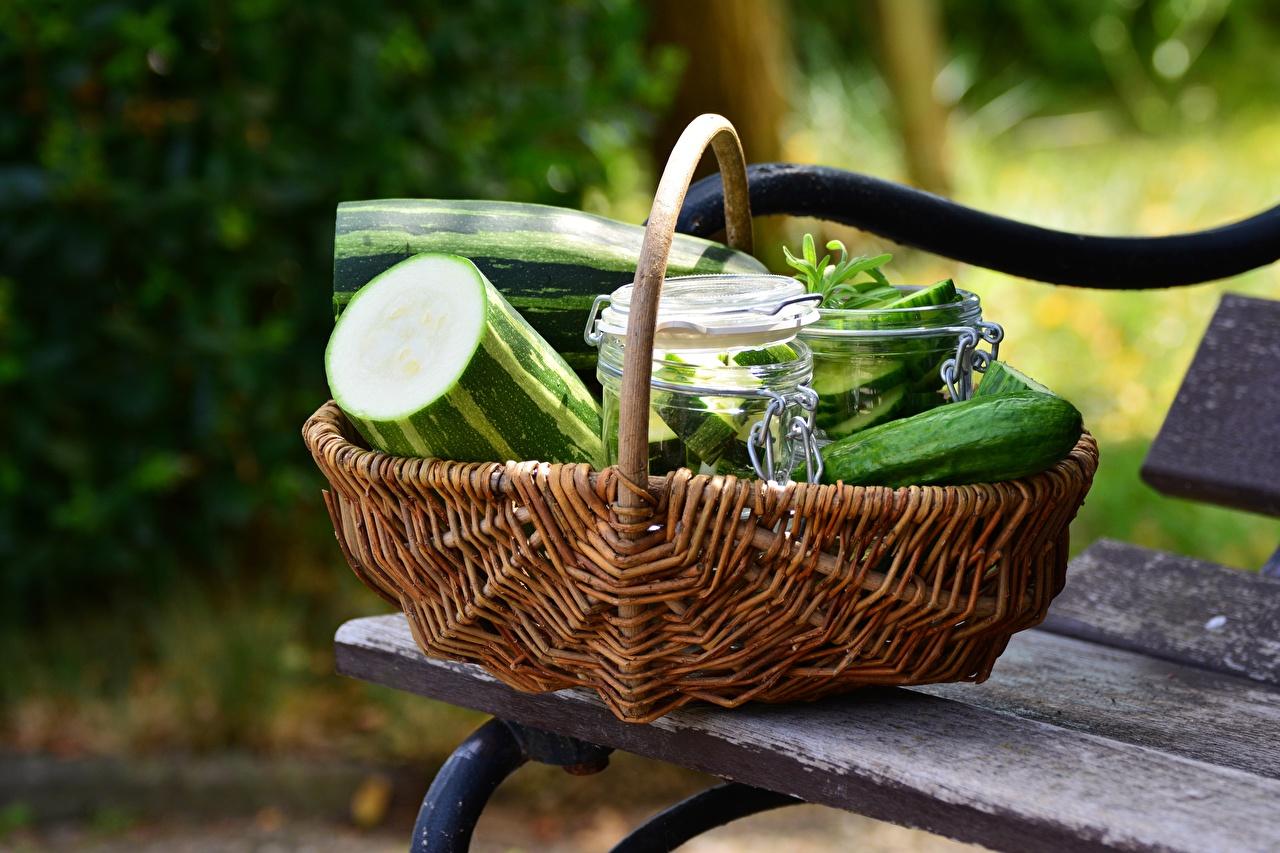 Photo Cucumbers Wicker basket Food Bench