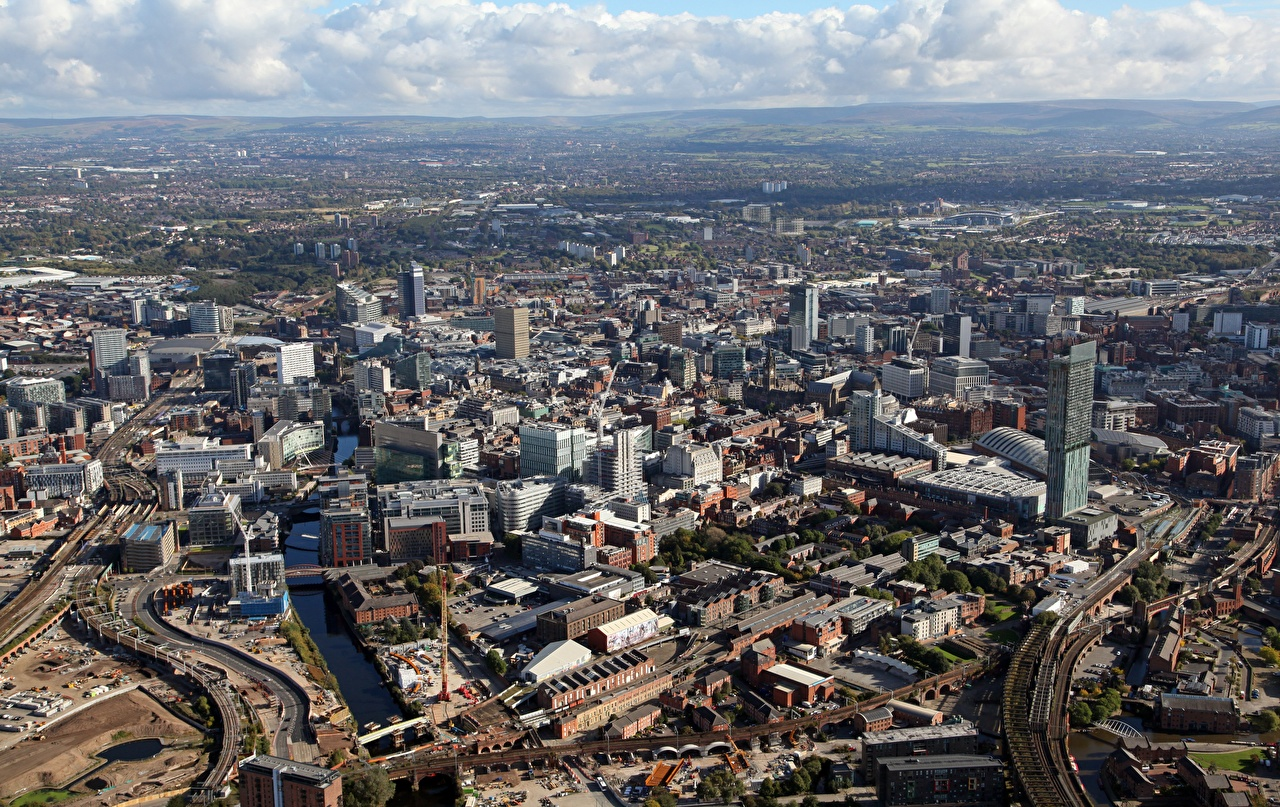 Achtergrond Engeland Manchester, County greater Manchester van bovenaf Huizen een stad Bovenaanzicht gebouw Steden gebouwen