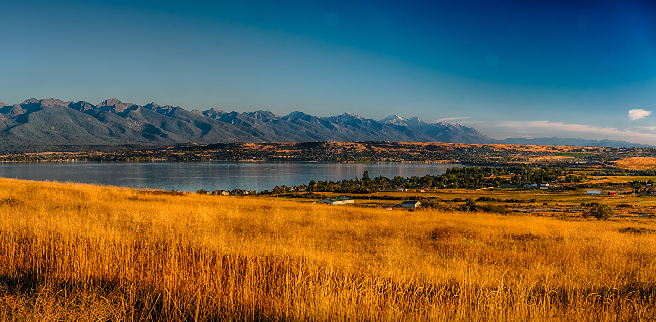 Desktop Hintergrundbilder Vereinigte Staaten Rocky Point Montana Berg Natur Herbst See Felder Landschaftsfotografie USA Gebirge Acker