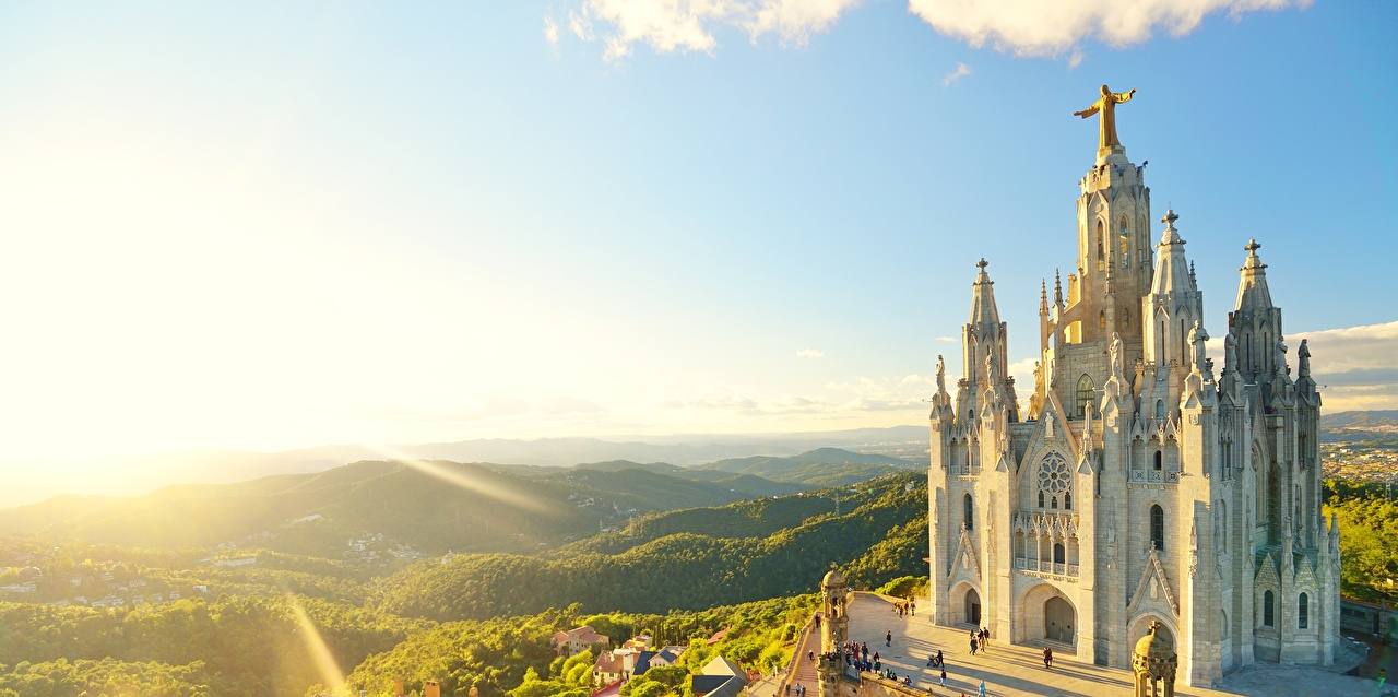 Images Rays of light Church Barcelona Spain mount Tibidabo, Temple of the sacred Heart of Jesus Hill sunrise and sunset Cities Sunrises and sunsets