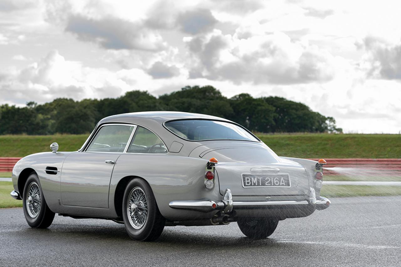 Bakgrunnsbilder Aston Martin DB5 Goldfinger Continuation, 2020 Grå Asfalt Metallisk automobil bil Biler