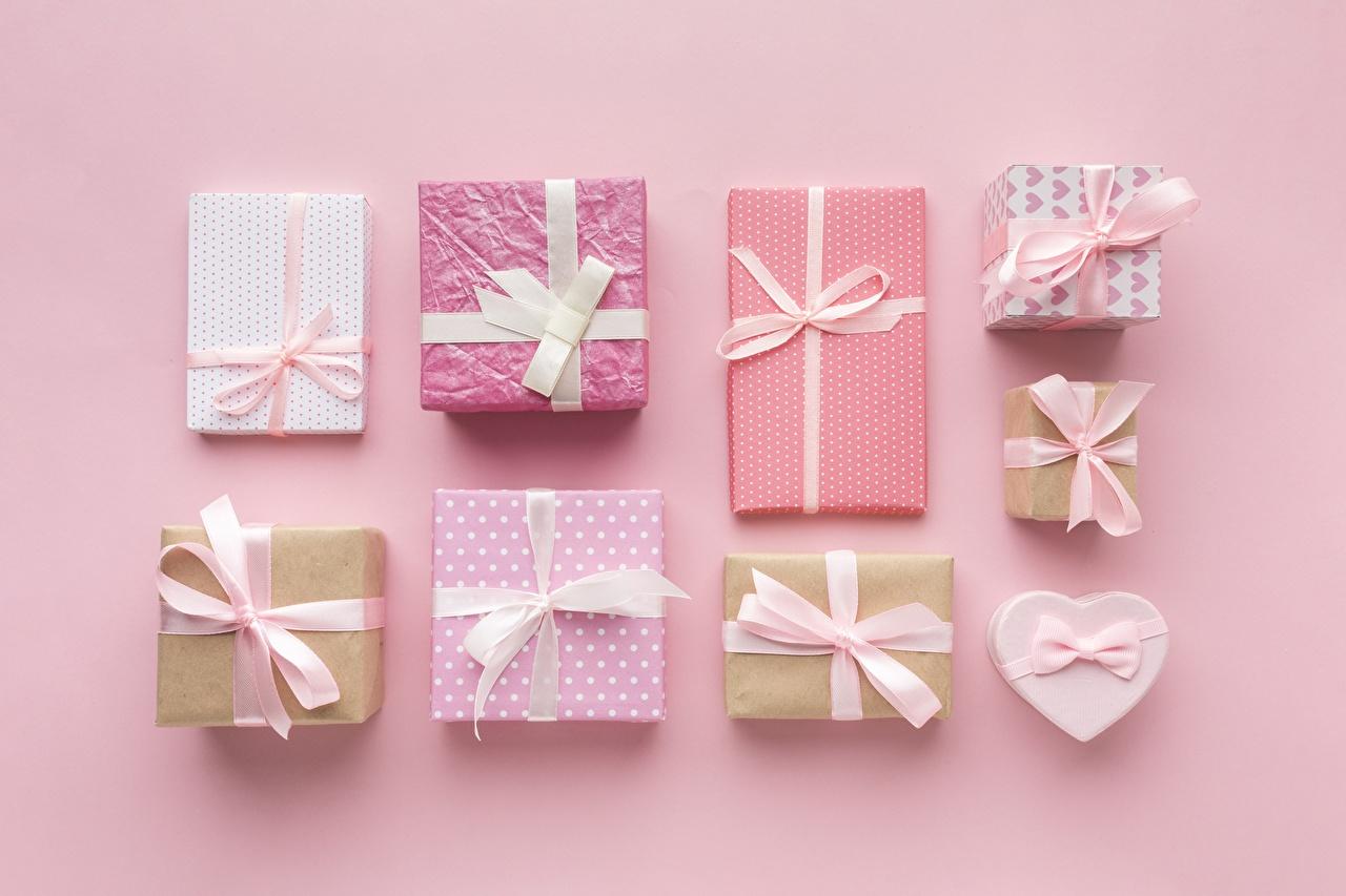 Desktop Hintergrundbilder Schachtel Geschenke Schleife Rosa Hintergrund
